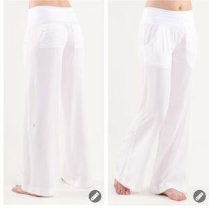 Lululemon Drishti elastic wide leg pants 2377